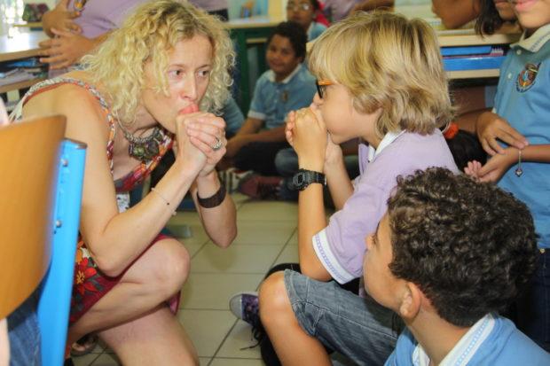 kinderboekenfestival-_-in-de-klas-samen-uilengeluiden-nadoen-resized